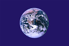 Earth flag PD